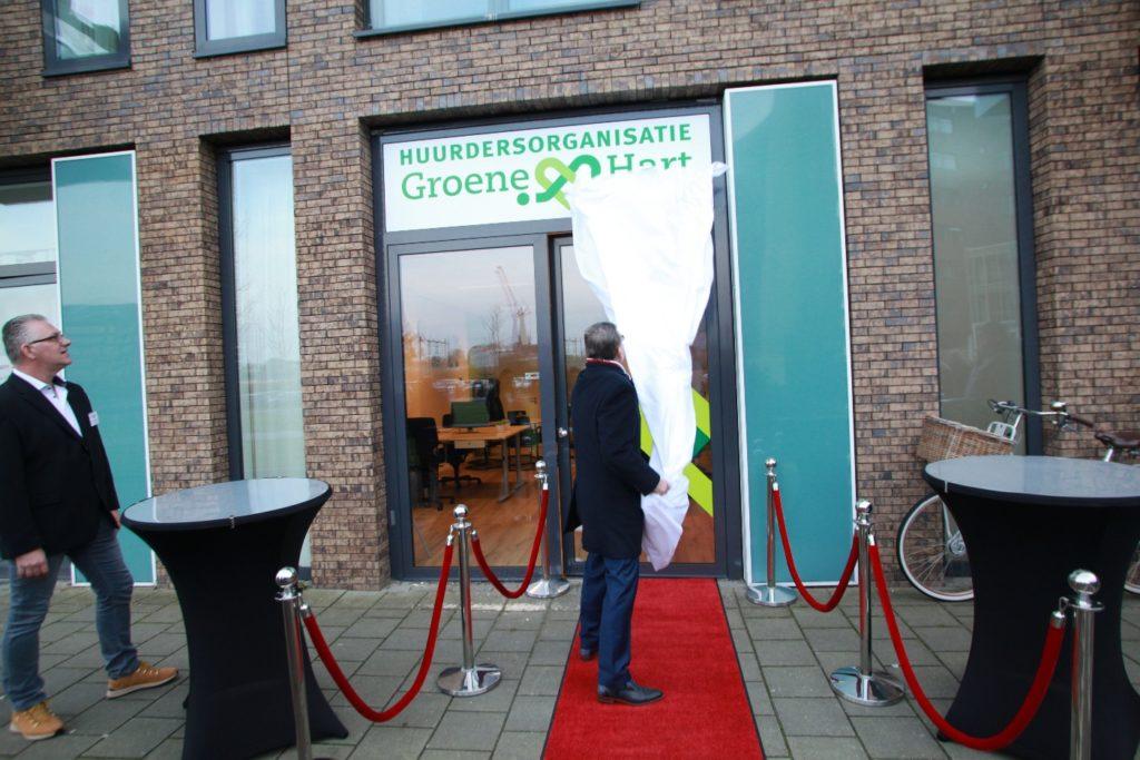 Van As opent kantoor Huurdersorganisatie Groene Hart